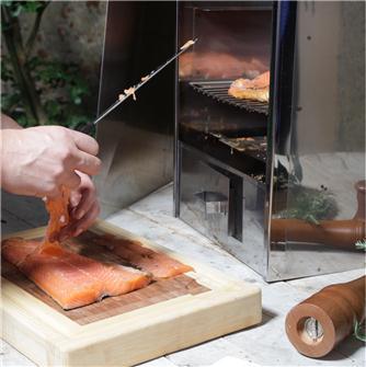 Wie das Räuchern von Lachs garantiert gelingt